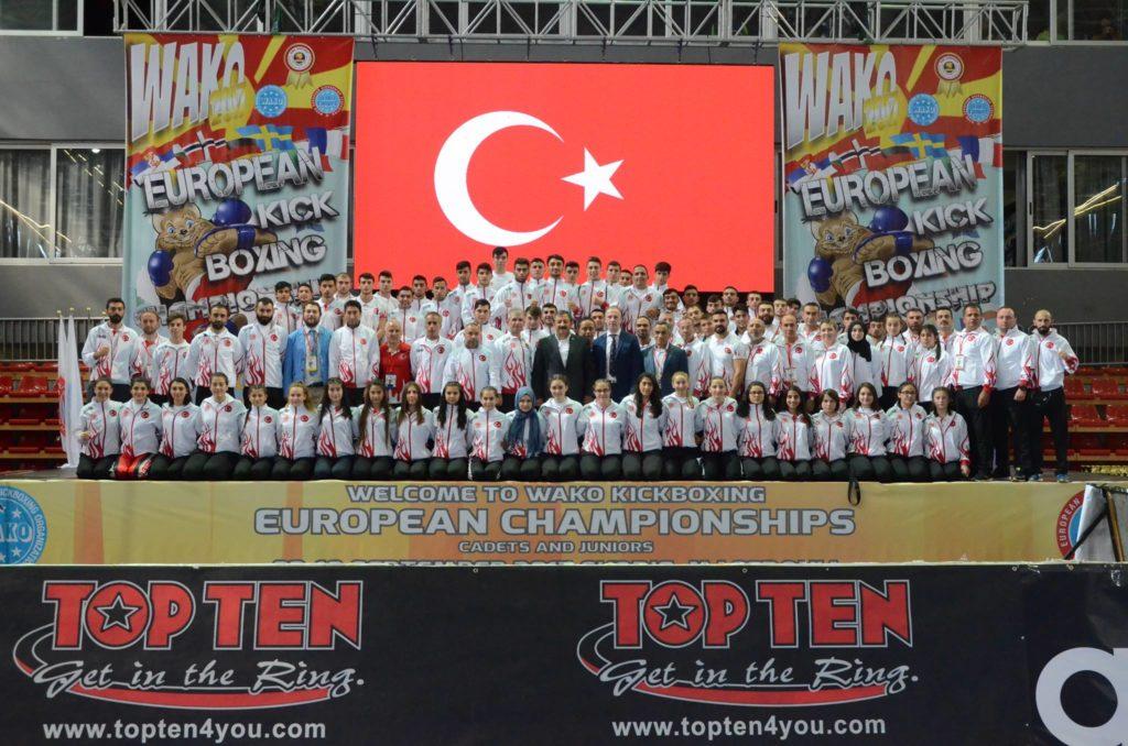 23 Kasım – 01 Aralık 2019 tarihleri arasında Antalya' da yapılan Dünya Kick Boks Şampiyonası'nda Türk Milli Takımı
